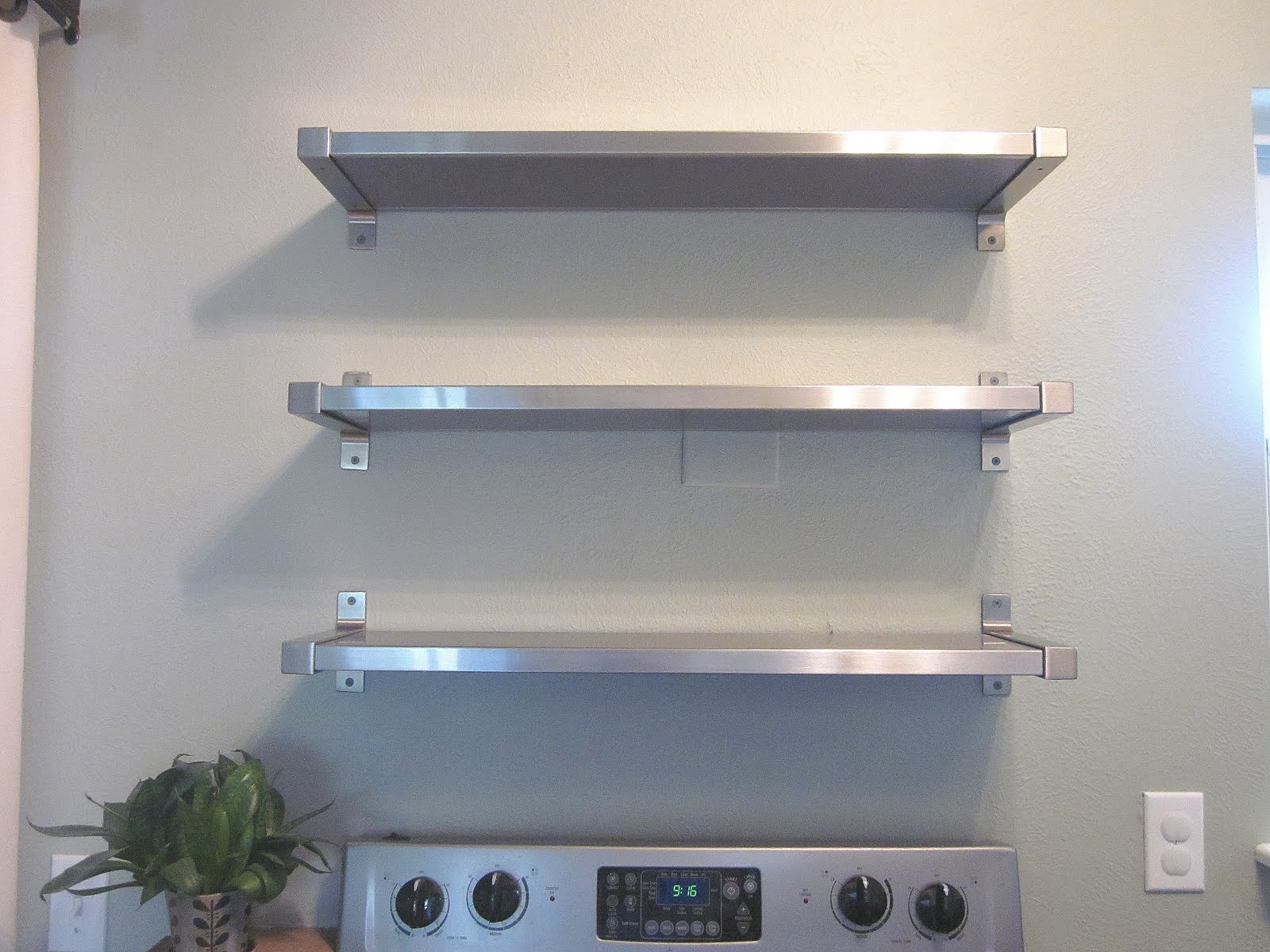 Image of: metal kitchen shelves uk