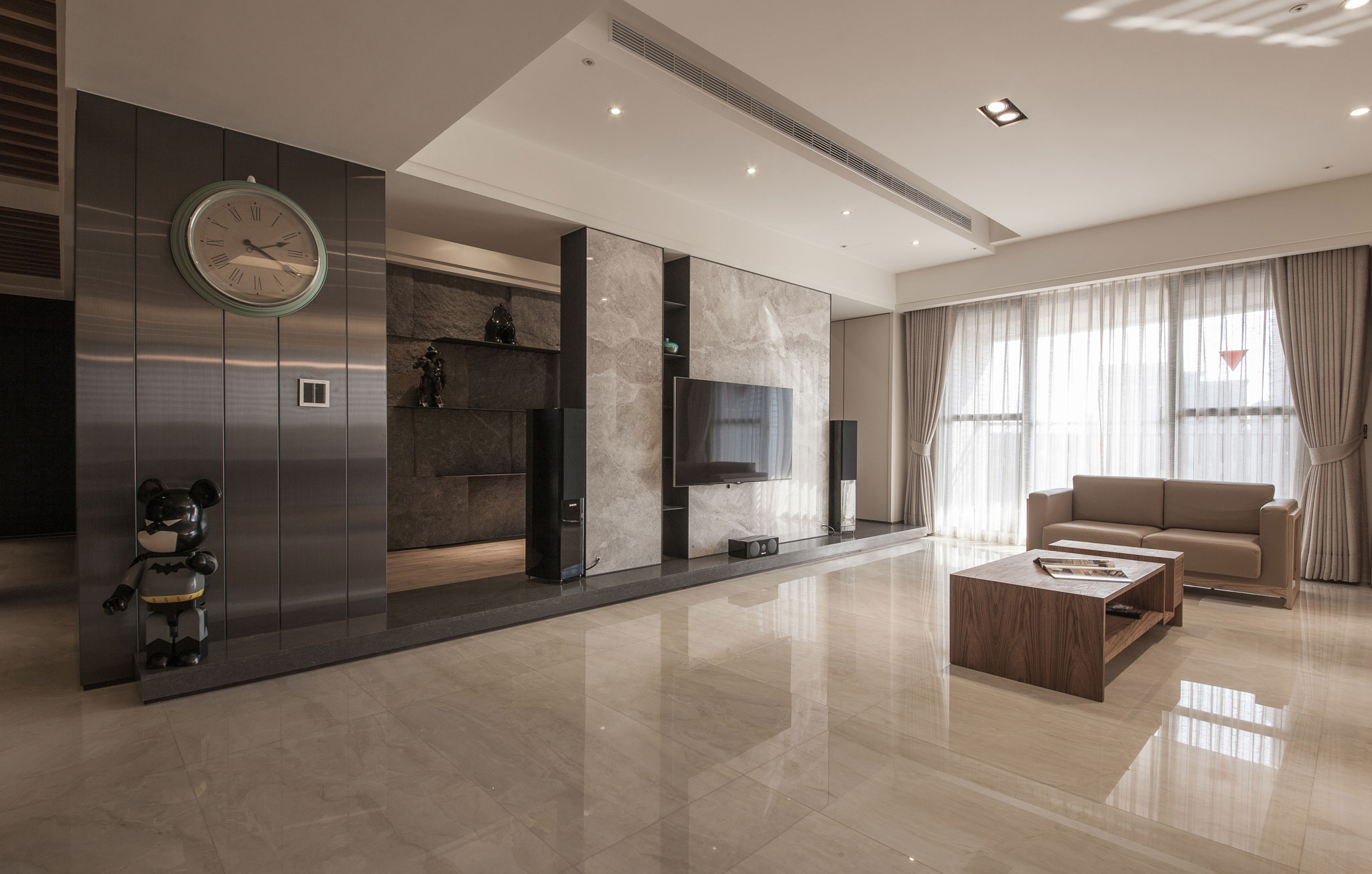 minimalist interior design on a budget