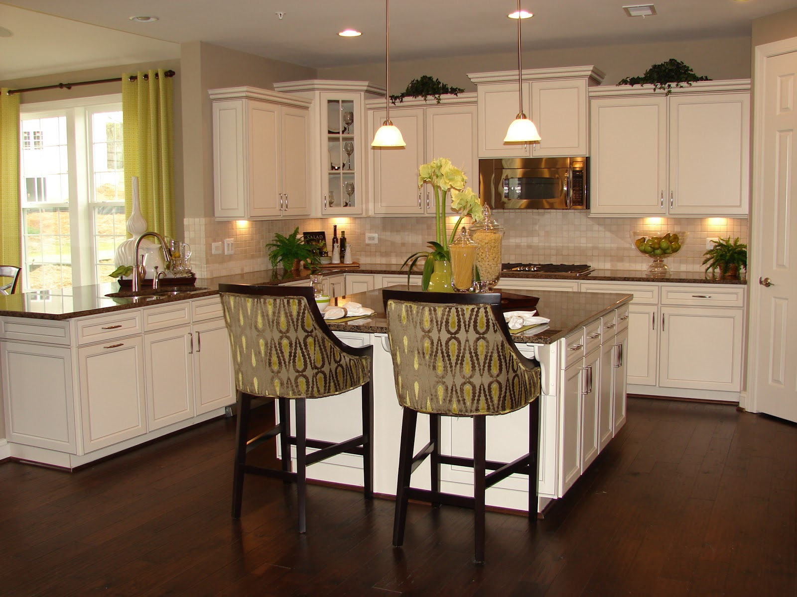 Image of: model kitchens white cabinets