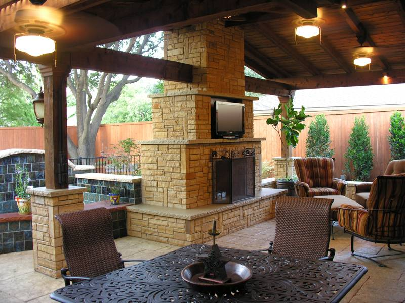 Image of: outdoor fireplace and patio designs