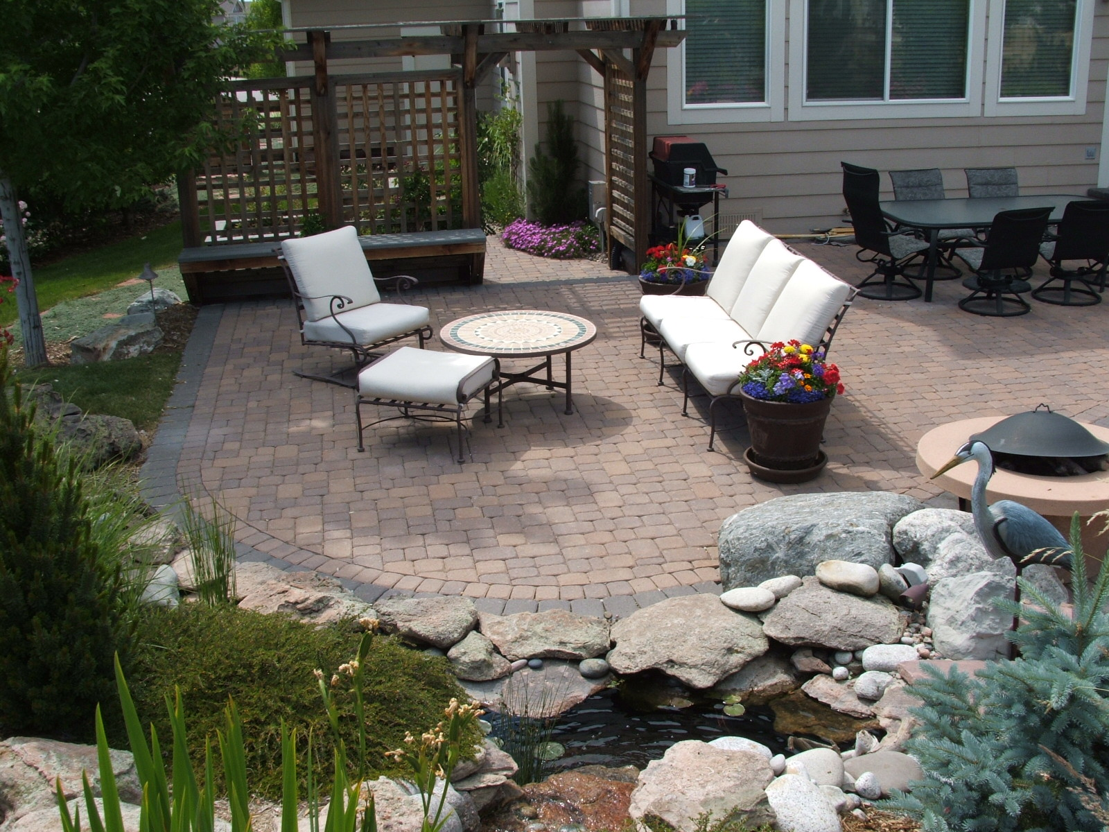 Image of: paver patios designs