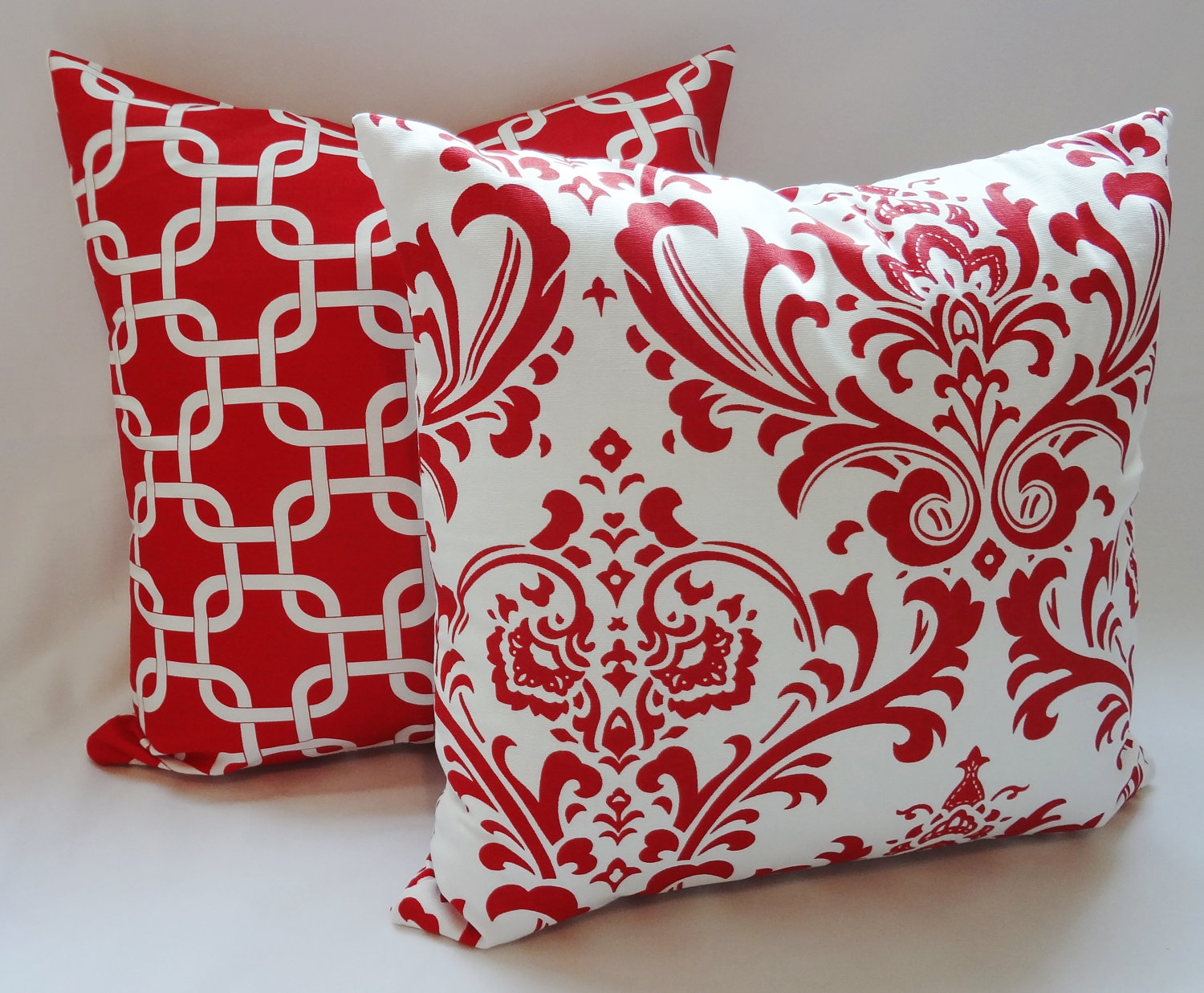 Image of: red and white decorative pillows