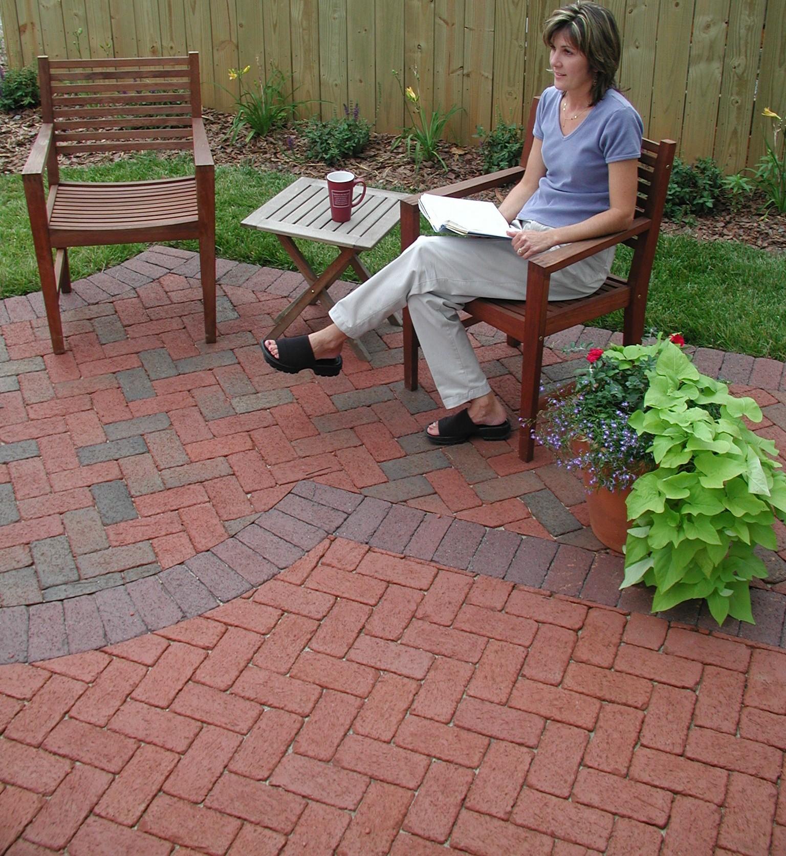 Image of: red brick patio designs