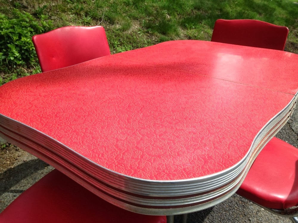 Image of: red formica table