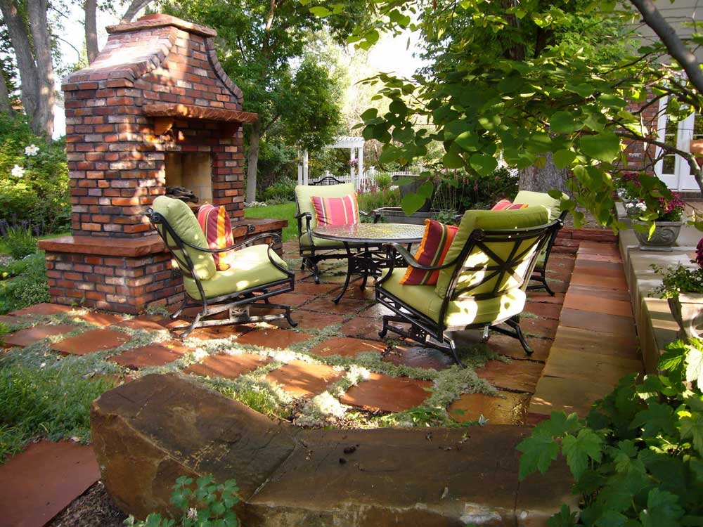 Image of: small backyard design budget