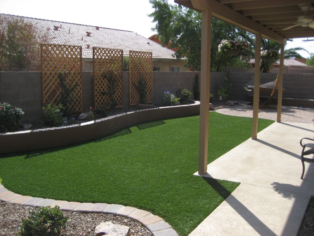 Image of: small backyard design ideas budget