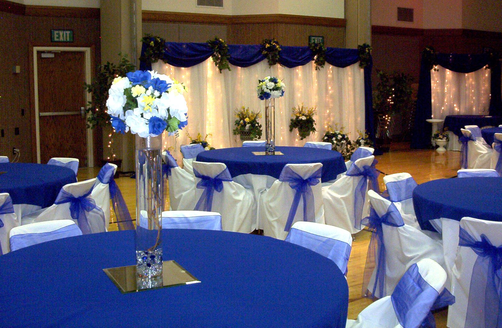 Image of: wedding reception decor blue