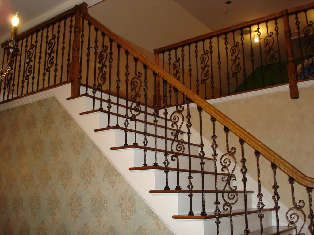 wooden handrail design